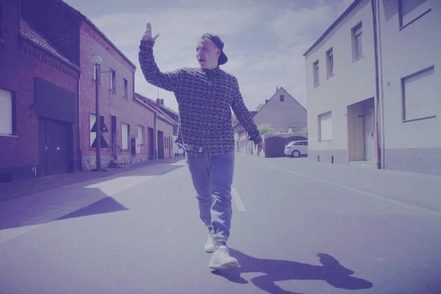 Julian Philipp David – Solange er schreibt