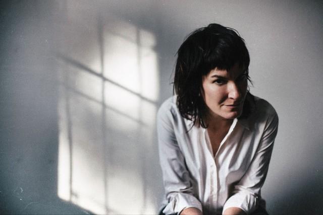Jen Cloher – Forget Myself